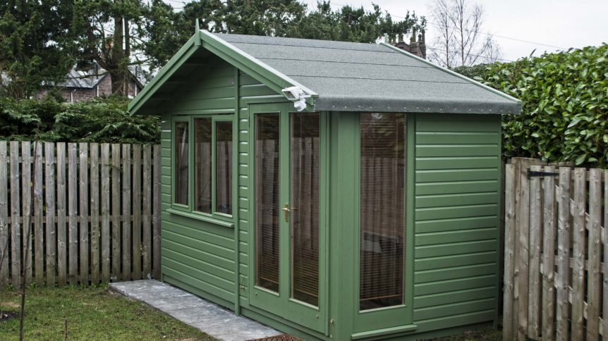 'Andrews' style garden room in green