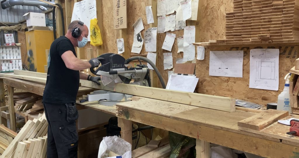 timber thickness cutting wood